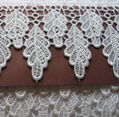 65mm White Leaf Guipure Lace