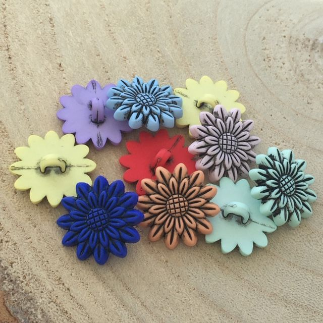Flower Buttons Assorted Colours